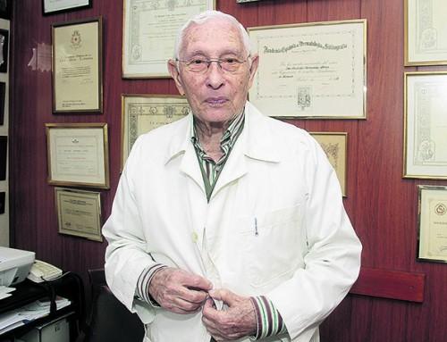 Las 24.000 firmas pidiendo un geriátrico en Fuerteventura caen en saco roto